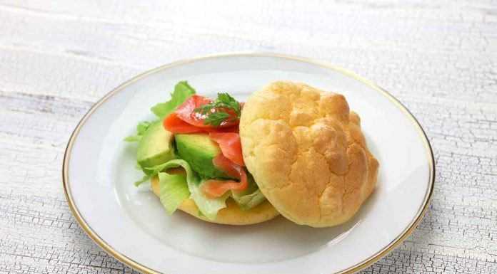 oopsie-bread-sandwich-lowcarbspark