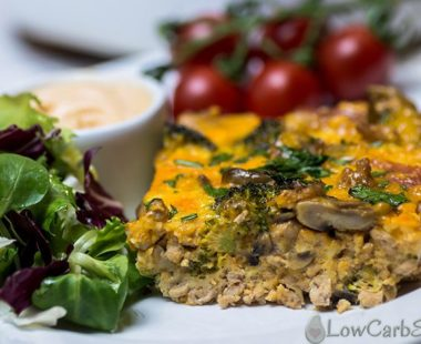 Keto Veggie-Loaded Breakfast Casserole – 4g Carbs per Serving