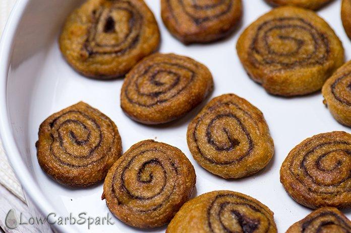 keto cinnamin rolls low carb low carb spark keto dessert