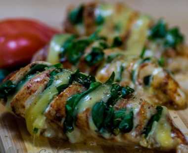 The Best Hasselback Chicken Stuffed with Mozzarella and Spinach – Keto & Low Carb
