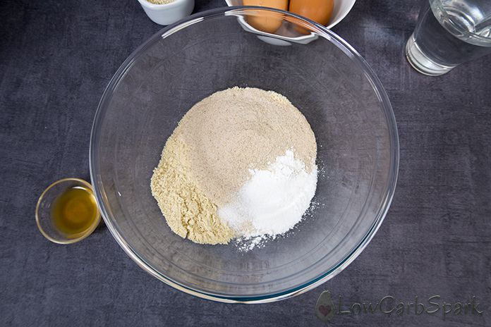 dry ingredients for the keto bread buns low carb recipe