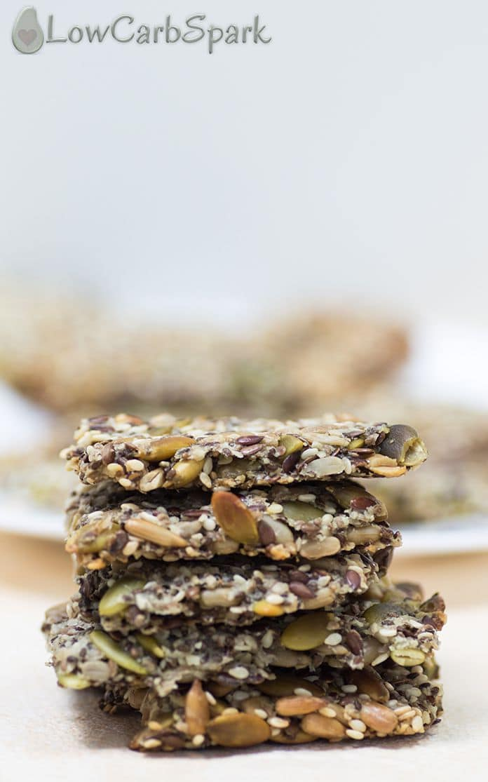 easy keto crackers with seeds