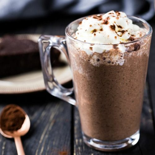 Only 2g net carbs for a delicious keto drink. Enjoy a paleo drink that's creamy, delicious and most important sugar-free. A keto chocolate drink that's made with coconut milk and high-quality ingredients for the best taste and keto macros. Recipe via @lowcarbspark #ketohotchocolate #ketodrink #ketosis #sugarfree #drinks #ketochristmas