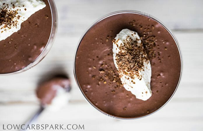 keto chocolate mousse dessert
