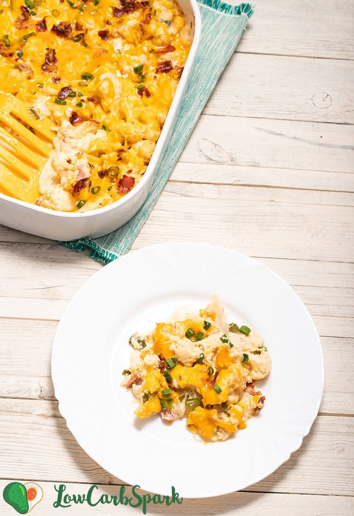 cheesy cauliflower bake with bacon and cream cheese