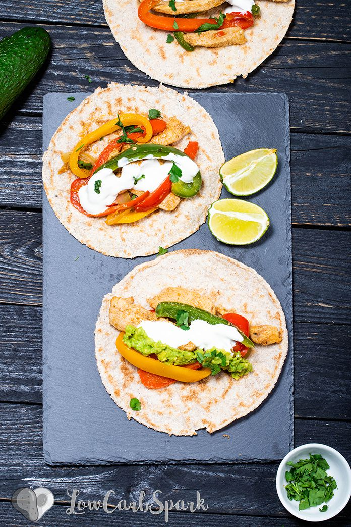 chicken fahitas in low carb wrap