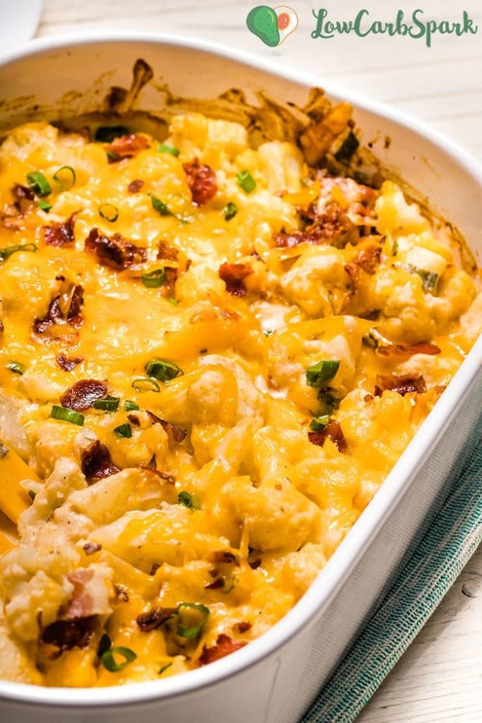 keto cauliflower casserole with ceddar and bacon
