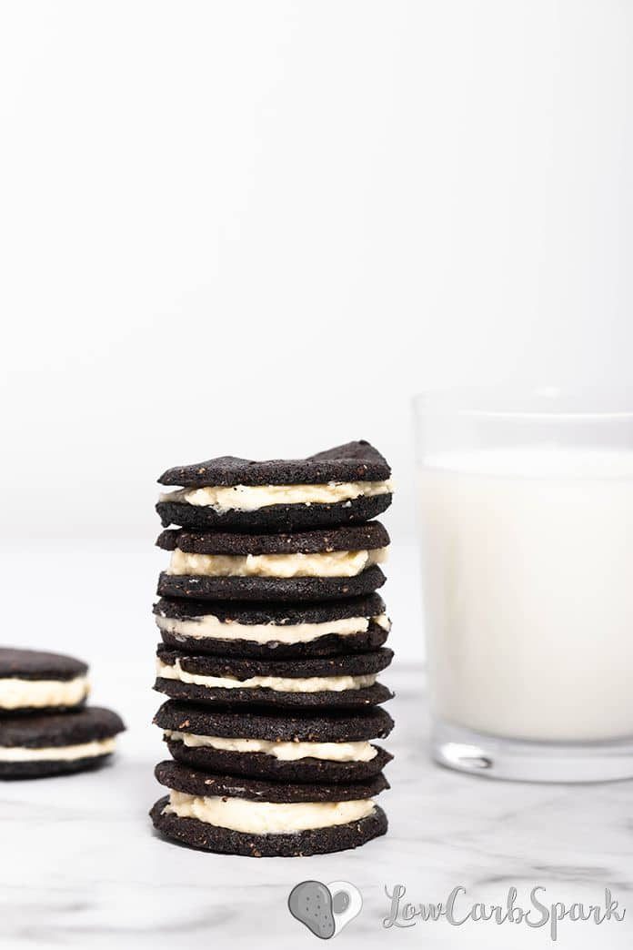 These keto oreo cookies are just like the original, but only 2g net carbs each and grain-free. Imagine a crunchy chocolate cookie sandwich with a delicious vanilla cream filling.