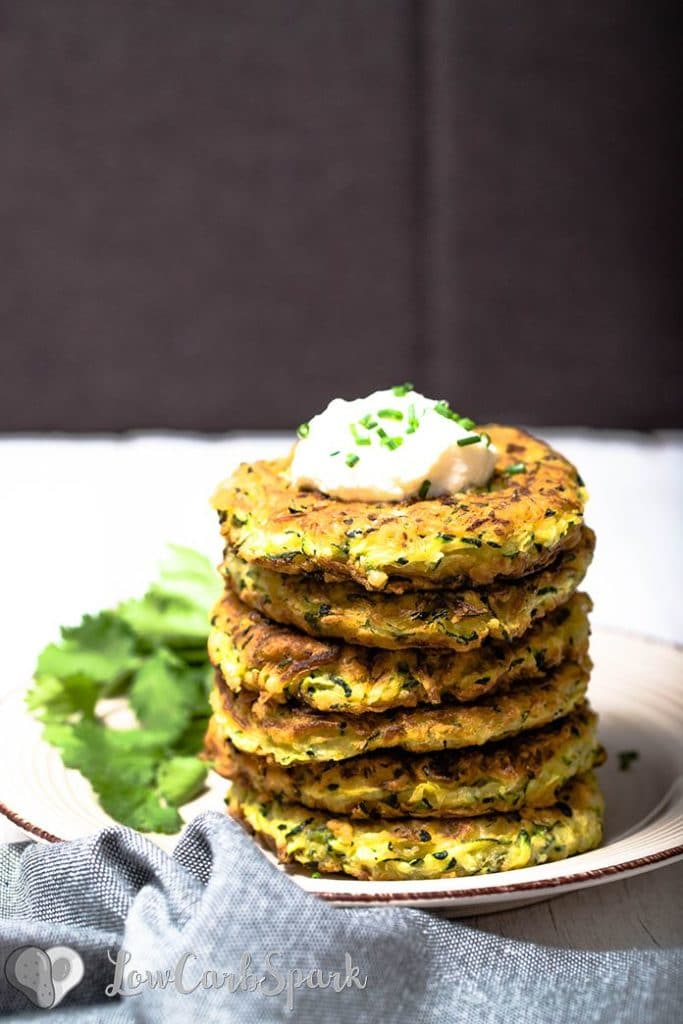 Zucchini fritters are one of my favorite dishes, and I've been making them for years now. This recipe is slightly adapted from the classic recipe I used before keto. You'll see that instead of flour I use coconut flour and xanthan gum.