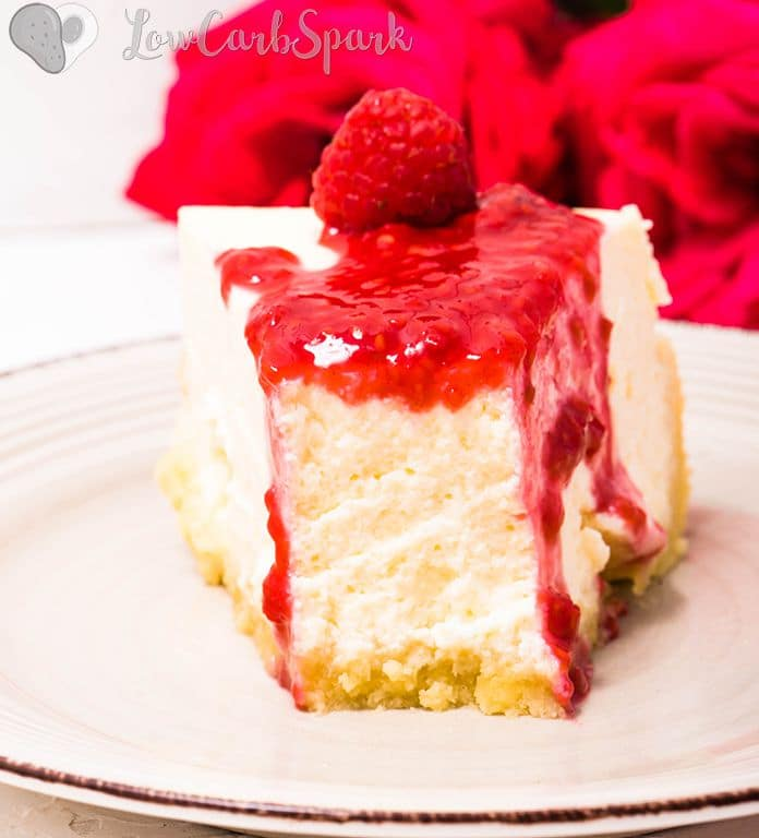 thick and creamy low carb cheesecake