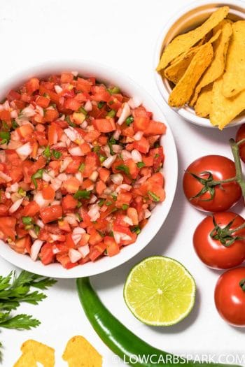 Easy Authentic Pico de Gallo