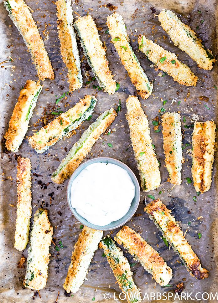 zucchini fries with parmesan lowcarbspark