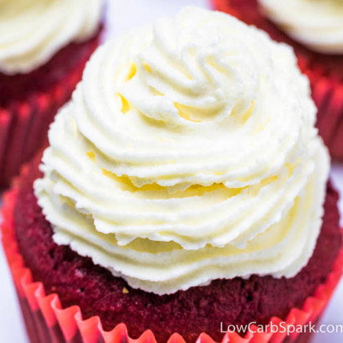 This keto cream cheese frosting is easy to make, sweet and tangy. It's a classic recipe that holds its shape well and perfect for decorating carrot cake, cookies, or cupcakes. Life's better with homemade frosting that needs only 4 ingredients.