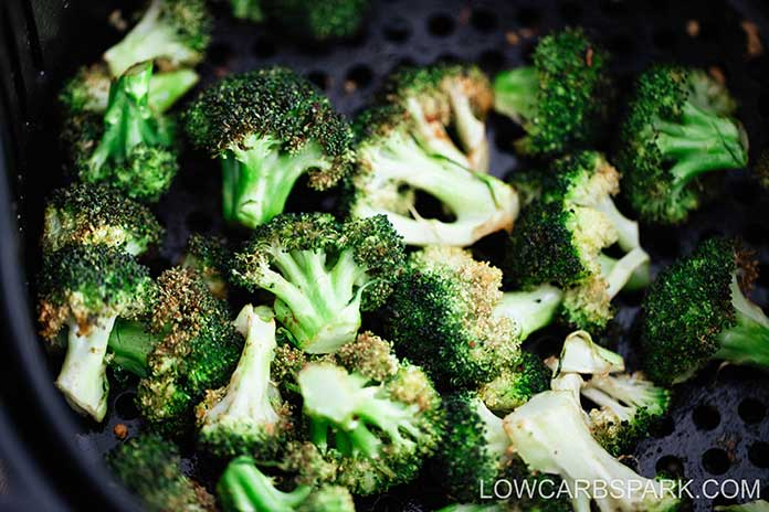 air fryer broccoli in the basket