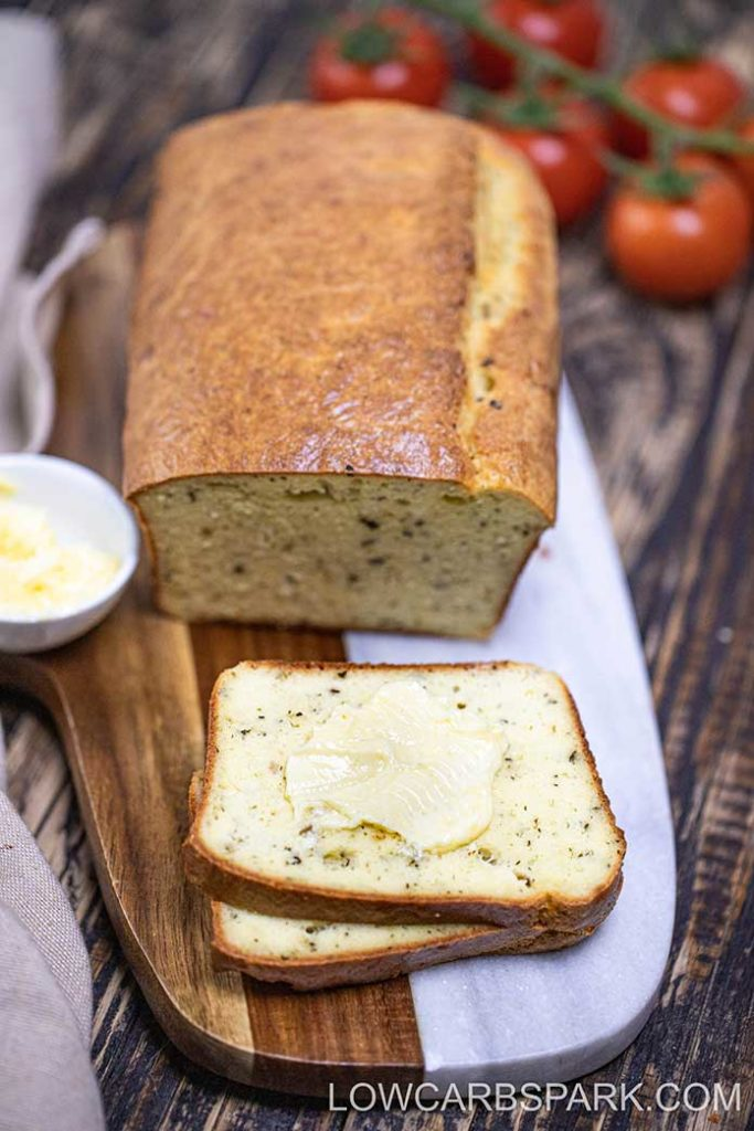 How to make the best keto bread loaf with just a few ingredients and easy instructions? This bread is only 2g net carbs for a slice and extremely tasty.