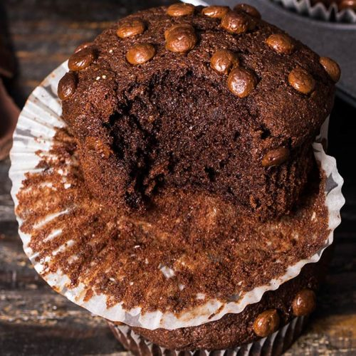These are the best keto double chocolate muffins you'll ever make. Incredibly chocolatey, moist yet fluffy with crispy tops. Enjoy scrumptious low carb muffins that look and taste just like the ones you can find in the bakeries.