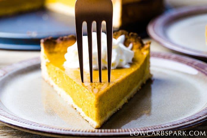 keto pumpkin pie easy low carb recipe
