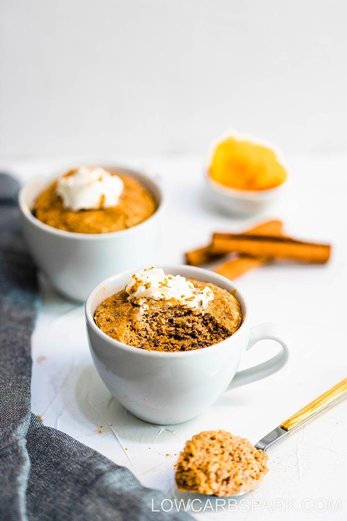 easy keto low carb pumpkin mug cake