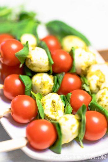 Tomato & Mozzarella Pesto Caprese Skewers  – 4 ingredients