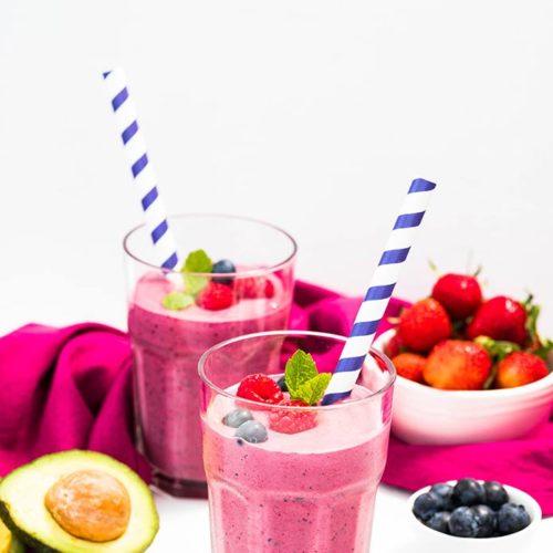 serve easy berry smoothie