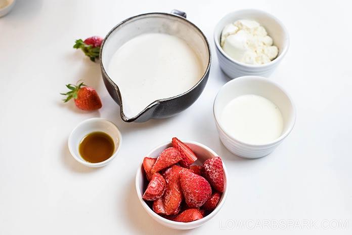 keto strawberry smoothie ingredients
