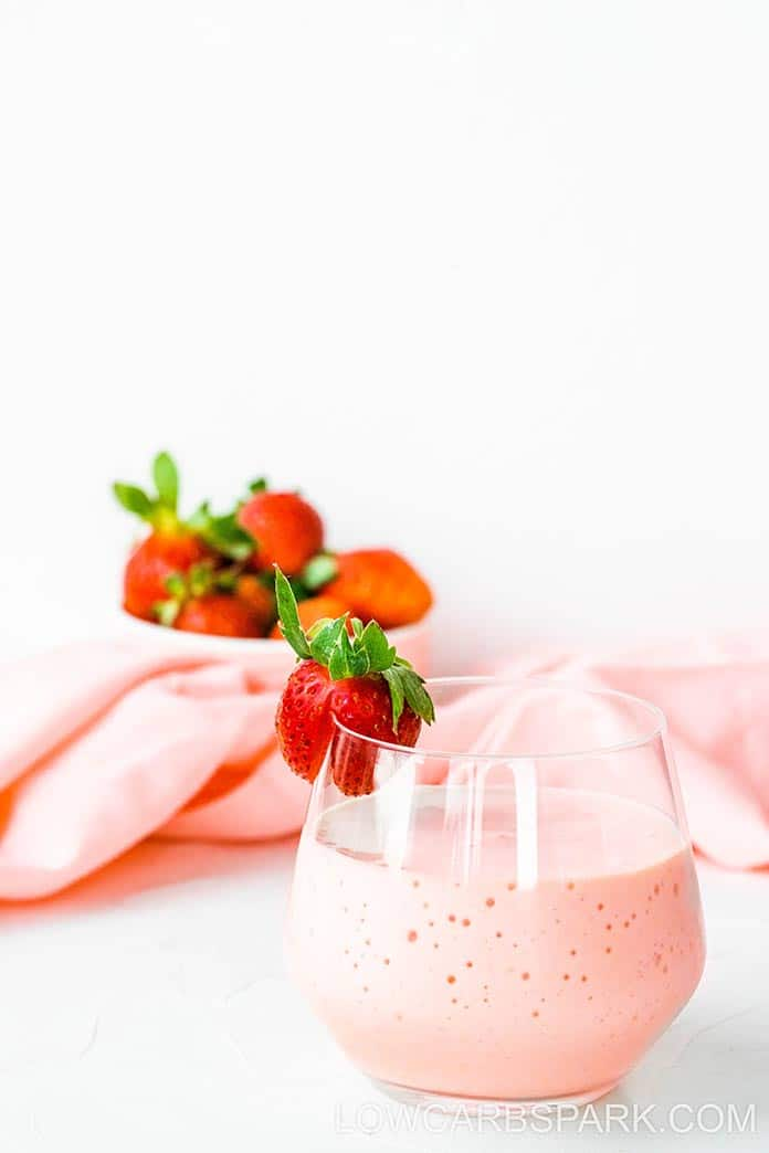 protein keto strawberry smoothie